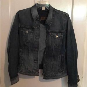Levi's dark wash jean jacket